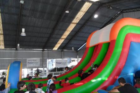 Inflable: Carrera con obstáculos