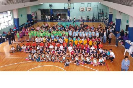Encuentro de Mini-Voley 2018 en Macabi